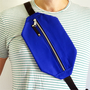 Electric blue shoulder bag