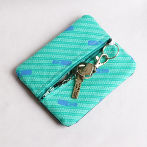 Zippers purse