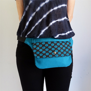 Blue flower hip bag