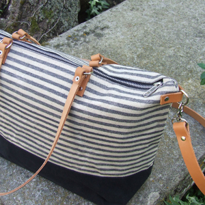 Black & white striped tote bag