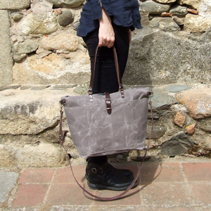 Light brown tote bag